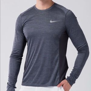 Nike dri-fit Running mens long sleeve NEW WITH TAG